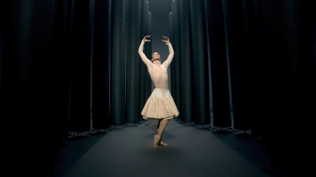 """Film still from """"2020"""" dance film with Diana Vishneva at SFDFF 2021"""